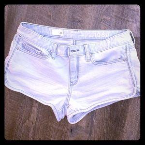 Gap shorts size 28